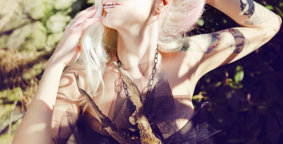 Photo: Püschl Photography. accessories, styling, hair/makeup: Kwipi