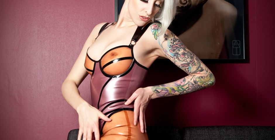 Photo: TzR Latex: Pandora delux. Makeup, hair: Kwipi